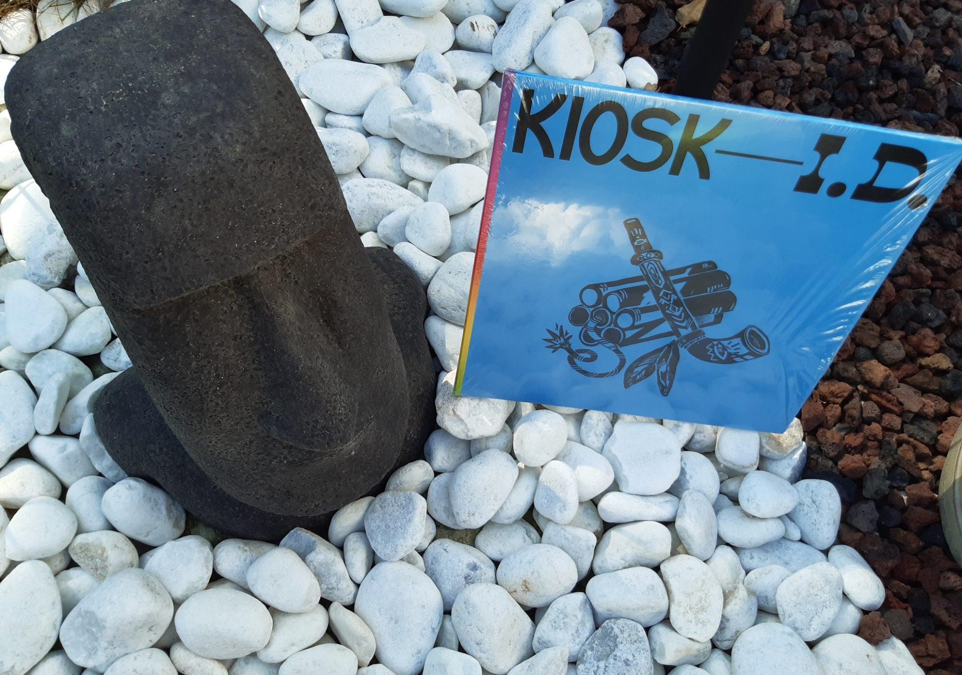 Kiosk ID 001 by Kater Blau